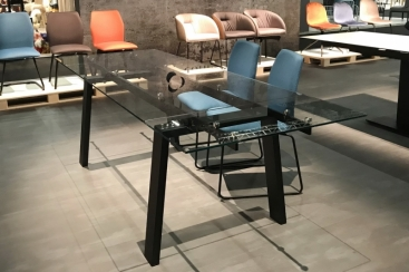 Стол CONNUBIA/Calligaris - модель ZEFFIRO GLASS 160(+40+40) х 90