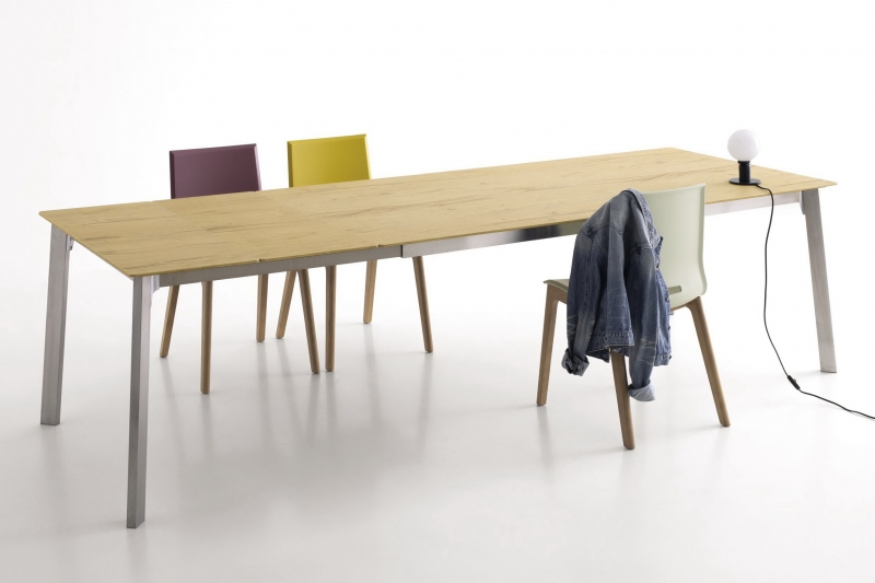 Стол POINTHOUSE - модель KRONO 140(+40) х 90 LAMINATO CLEAF