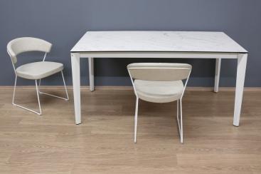 Стол CONNUBIA/Calligaris - модель PENTAGON 160 (+50) x 90 Ceramic WHITE ALPI MARBLE